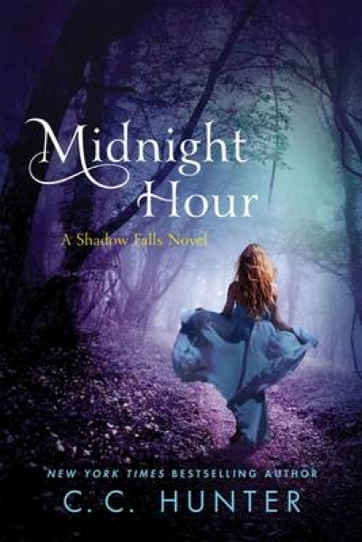 Midnight Hour C. C. Hunter Paperback New Book Free UK Delivery